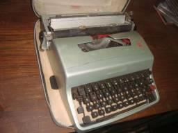 Máquina de escrever antiga, usada, com estojo, no estado, para coleção