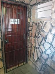 Alugo apartamento em Arthur Lundgren 2/ R$350,00