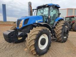 Trator New Holland T7. Parcelo sem banco