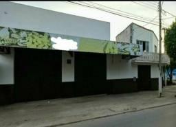 Imóvel comercial de esquina R$ 897,00 o m²