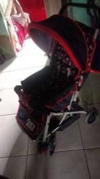 Vendo carrinho de bebê conservado