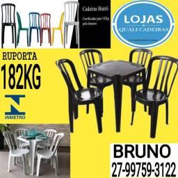 Corra e Garanta! Mesa c/4 cadeiras Plásticas 182kg