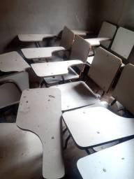 Cadeiras escola