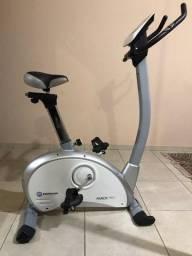 Bicicleta Magnética Horizon Fitness Prata