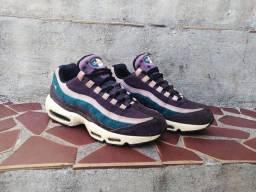 Nike AM 95 rain forest