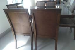 Mesa de jantar / conjunto c/ 8 cadeiras em excelente estado de novo!