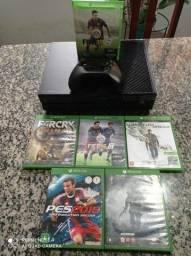 Xbox one 500GB 1 controle e 3 jogos