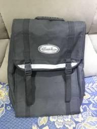 Vendo mochila tipo lona, marca Califórnia impermeavel TOP
