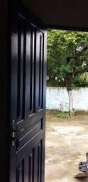 Casa no B. Industrial prox ao Centro R$250,00:1 quarto, 1 sala, 1 cozinha e 1 banheiro