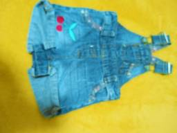Macacão jeans 1 a 3 meses