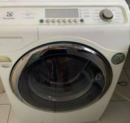 Lava & Seca 12 kg Eco Vapor Electrolux com 11 Programas de Lavagem Branca - LSE12