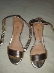 Sapatou Dourado
