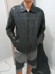 Jaqueta de couro legítimo nova, sem nenhum defeito. com acabamento perfeito