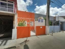 Casa com 3 dormitórios à venda, 94 m² por R$ 140.000,00 - Parangaba - Fortaleza/CE