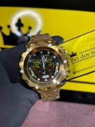 Relógio coringa venom banhado a ouro