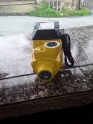 Bomba d'água centrífuga