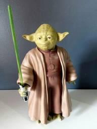 Raro boneco Yoda articulado
