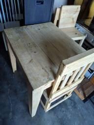 Mesa de Pallete com 4 cadeiras