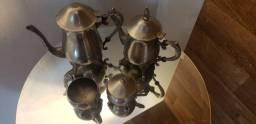 Vende_se Jogo de chá de prata