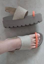 Sandália!