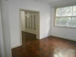 Apartamento - CATETE - R$ 2.800,00