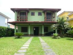 Título do anúncio: Belíssima Casa para aluguel anual no Sahy em Mangaratiba !