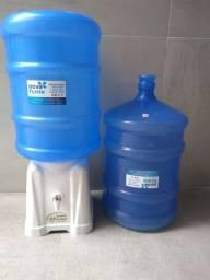 Suporte para galão + 2 galões de 20 litros usados