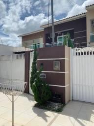 M - Linda casa no Alphaville II com 3 quartos, 1 suíte e área de lazer