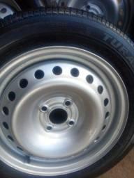 Jogo roda15 furação 4x100 pneus 195/55/15 ótimo estado pintura prata perolizado linda