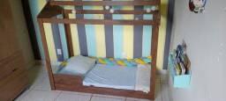 Cama montessoriana + colchão