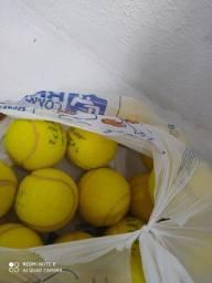Bolinhas de tênis. 03 por R$10,00