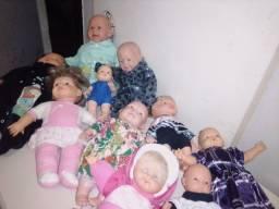 Bonecas todas juntas 30