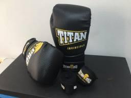 Luva de Boxe Muay Thai Titan Pro - Nova