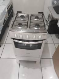 Vende-se um fogão Semi Novo