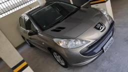 Peugeot 207 Passion XR 2010/2011 interior bem conservado - 2011