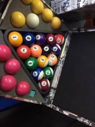 Estojo para Jogo de Bolas - 26 Bolas - Triângulo - Giz - Com Acessórios