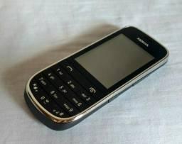 Vende-se Celular Asha 202 Nokia com Dual Chip, Câmera 2MP, Rádio FM, MP3, Bluetooth Usado