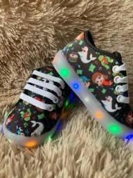 Sapatos de LED Luccas Neto