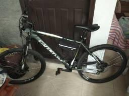 Bicicleta Montainbike 24 velocidades Cannondale Trail 6 aro 26