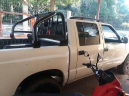 Caminhonete S10 Chevrolet Motor MWM - 2005