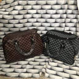 f3e5db16e19b5 Mala de mão Louis Vuitton