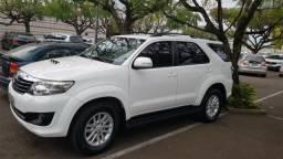Toyota Hilux sw4 srv 4x4 3.0 -Excelente Estado - 2013