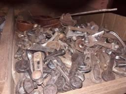 Ferro velho de peças de carros antigos