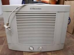 Ar Condicionado de Parede - Electrolux Maximus 7500 - 127V