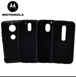 Capinha preto escovado iPhone e Samsung