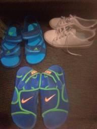 Tênis e sandálias Nike e adidas