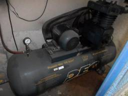 Compressor de ar 30 PES - 350 litros