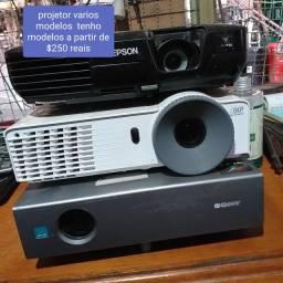 Diversos projetores