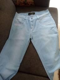 Calça jeans número 46