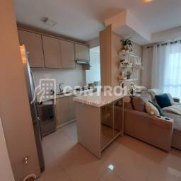 (WE) Apartamento 02 dormitórios com 01 suíte e 01 vaga no Roçado